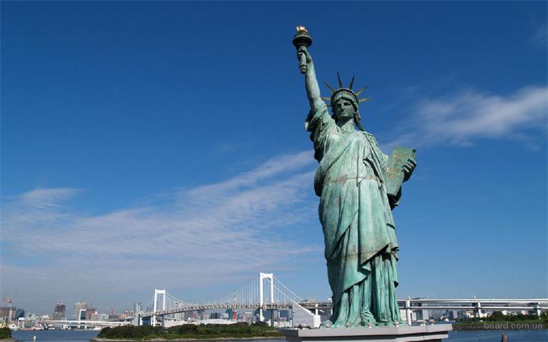 اين صنع تمثال الحرية المرسال