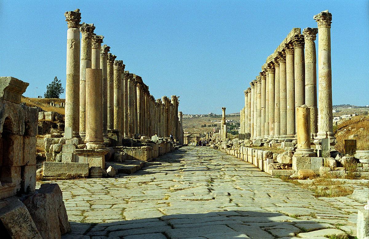 المدينة الاردنية التي تلقب بمدينة شارع-الاعم�