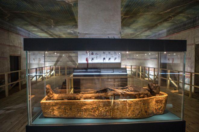 اثار الواحات البحرية سبب تسميتها متحف-الموم�