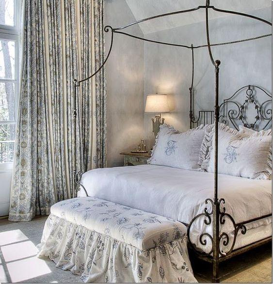 غرف نوم رومانسية 2020 %D8%A7%D9%84%D8%AA%D8%AD%D9%81-%D9%81%D9%8A-%D8%BA%D8%B1%D9%81-%D8%A7%D9%84%D9%86%D9%88%D9%85