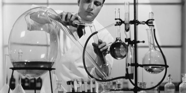 اغرب 10 تجارب علمية