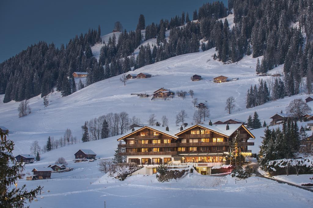 غشتاد القرية السويسرية الخلابة مدينة-غشتاد.jpg