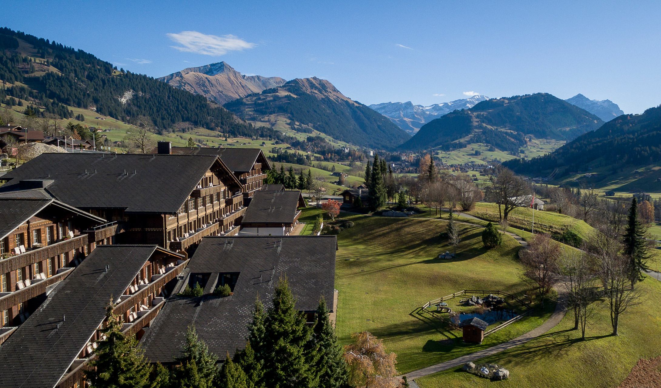 غشتاد القرية السويسرية الخلابة معلومات-عن-غشتاد.jpg