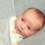 متابعة الرضيع في الشهر الثاني