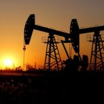 Photo of تفسير رؤية حلم البترول في المنام