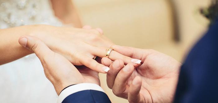 أفضل عمر لزواج البنت المرسال