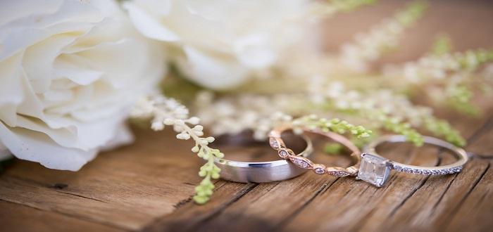 لام العروس عبارات تهنئة بالزواج مبروك لام العريس