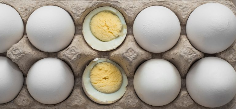 أضرار زيادة مدة سلق البيض المرسال