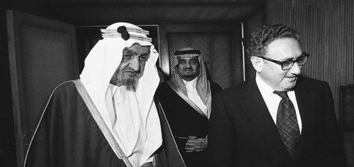 كلام الملك فيصل عن فلسطين ( كلام الملك فيصل قبل وفاته عن القضية ) 1