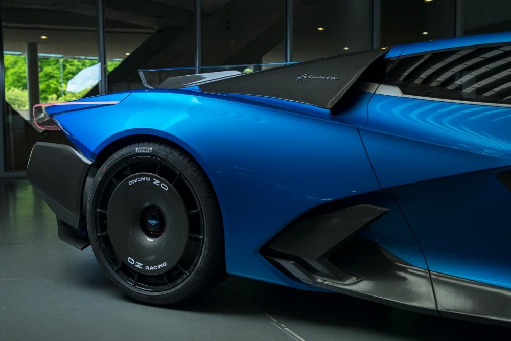سيارة إستريما فولمينيا 2023 بمحرك